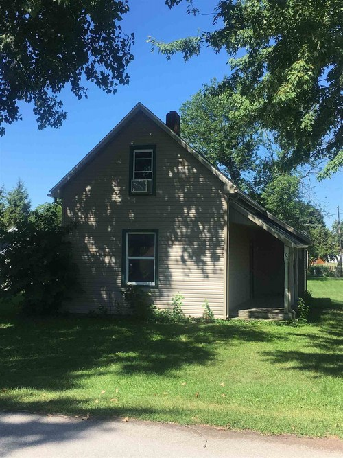104 S State Street Goldsmith, IN 46045 | MLS 201905497
