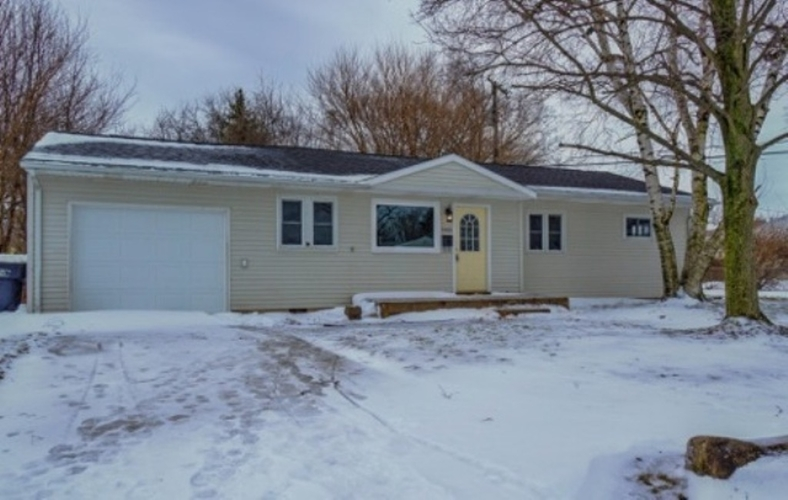 2520  Macarthur Avenue South Bend, IN 46615 | MLS 201905562