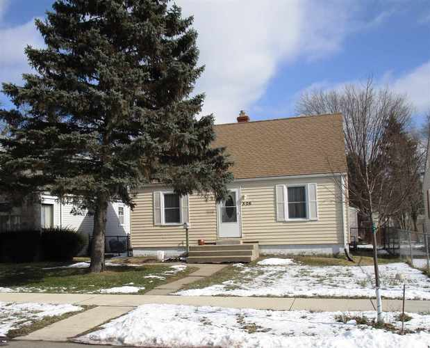 506 S Falcon Street South Bend, IN 46619-4661 | MLS 201905599