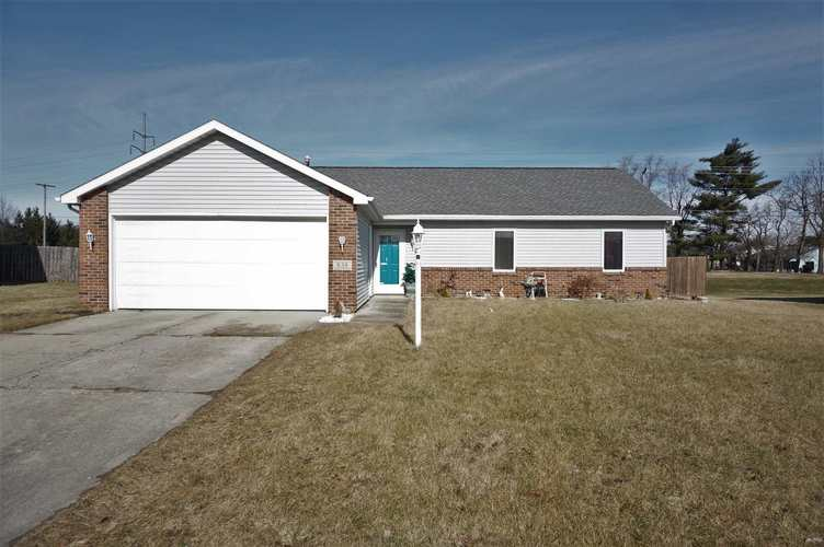 838  Laurel Hill Place Fort Wayne, IN 46825-6455 | MLS 201905648