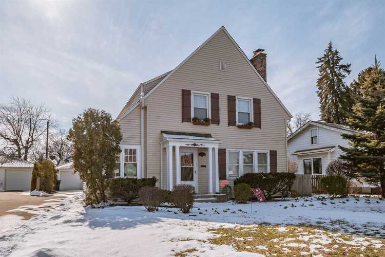 1310 E South Street South Bend, IN 46615-1010 | MLS 201905668