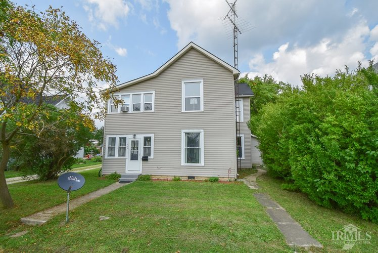 240 E Commerce Street Dunkirk, IN 47336 | MLS 201905716