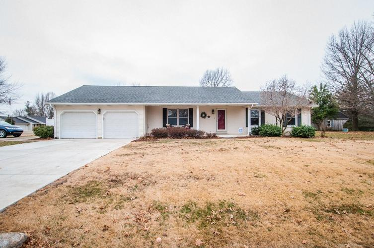 2721  Raney Drive Vincennes, IN 47591 | MLS 201905722