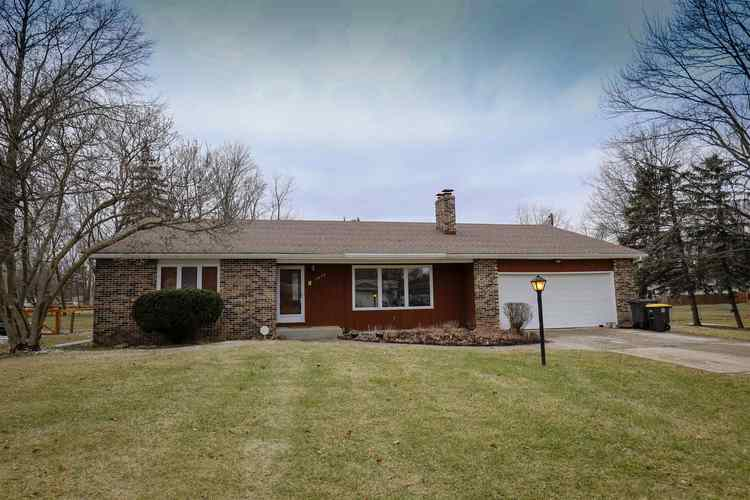 3845 Buesching Drive Fort Wayne, IN 46815 | MLS 201905810 | photo 1