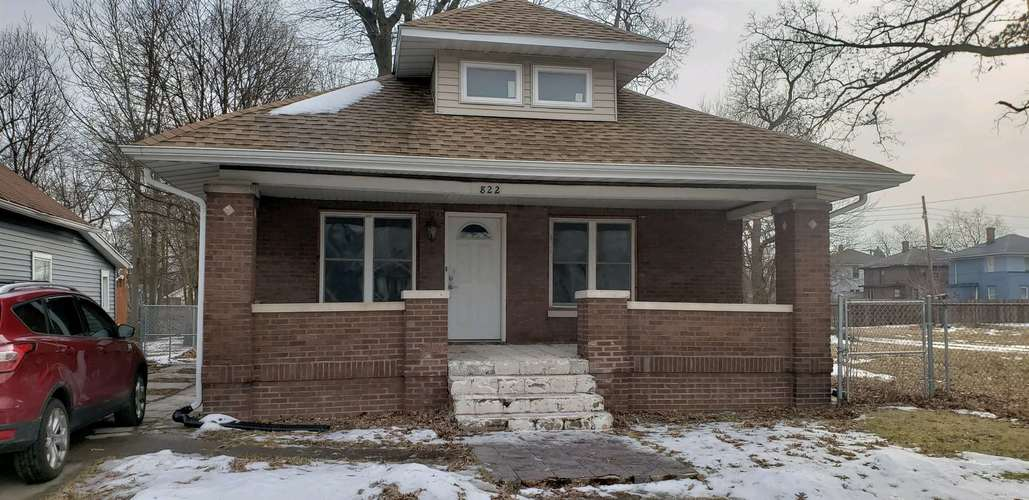 822 E Indiana Avenue South Bend, IN 46613-2831 | MLS 201905936