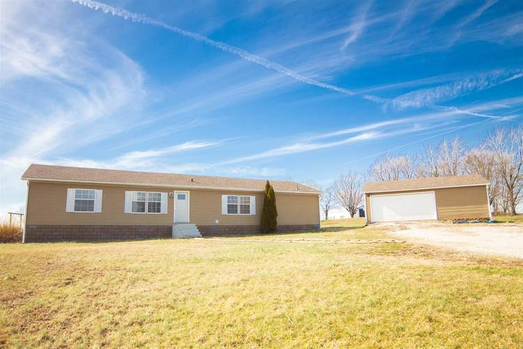 6611 S State Road 57 Highway S Oakland City, IN 47660 | MLS 201906510 | photo 1