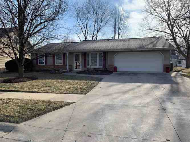2906  Hollendale Drive New Haven, IN 46774-1020 | MLS 201906894
