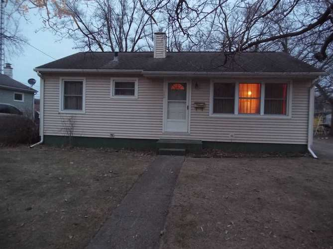 1008 Canterbury Drive South Bend, IN 46628-1209   MLS 201907110   photo 1