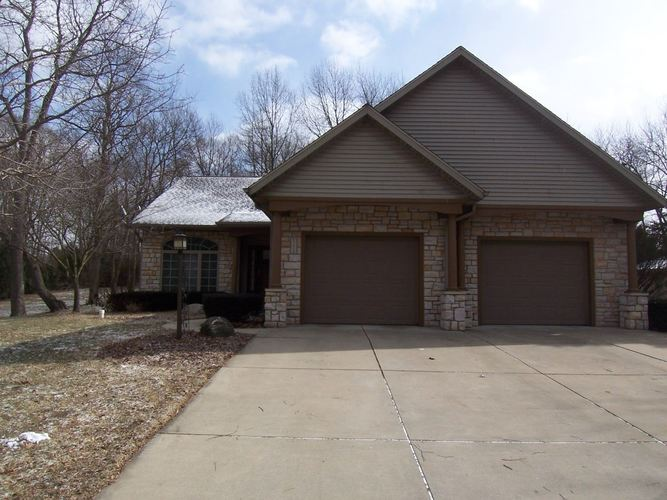 55614 Cardinal Drive South Bend, IN 46619-4601 | MLS 201907557 | photo 1