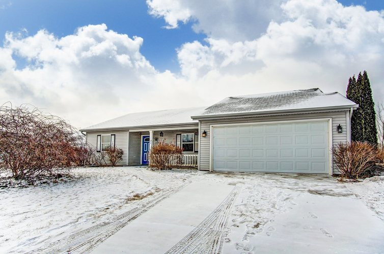 105  Charles Drive Fremont, IN 46737   MLS 201907711