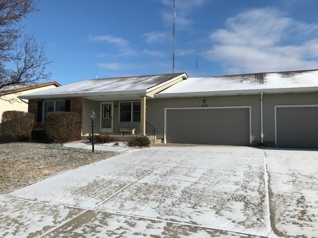 1921  Stonehedge Street South Bend, IN 46614 | MLS 201907714