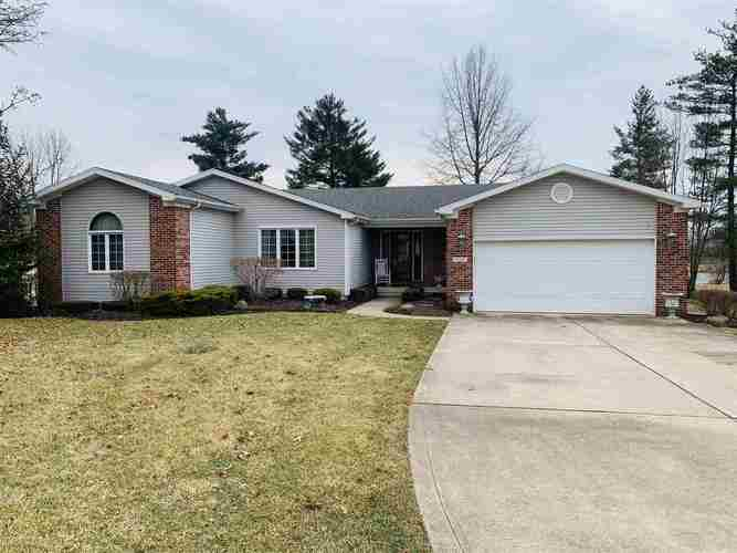 105  Lakeview Drive Hartford City, IN 47348 | MLS 201907840