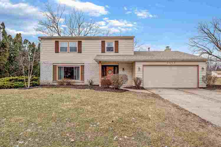 9919  Limberlost Trail Fort Wayne, IN 46825-1931 | MLS 201908107