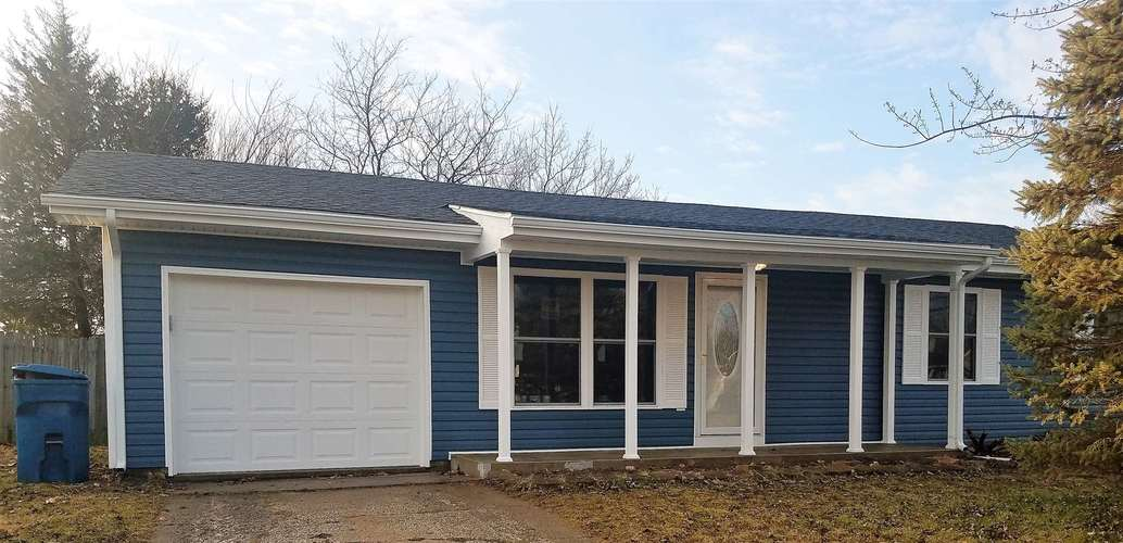 828  Mitchell Drive Gas City, IN 46933 | MLS 201908154