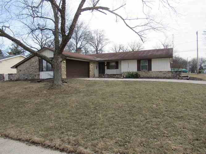 5008  Firwood Drive Fort Wayne, IN 46835 | MLS 201908403