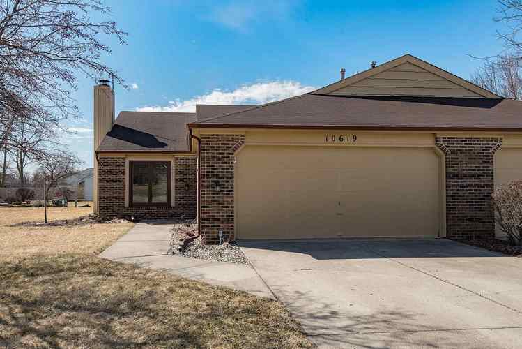 10619  Wild Flower Place Fort Wayne, IN 46845 | MLS 201908472