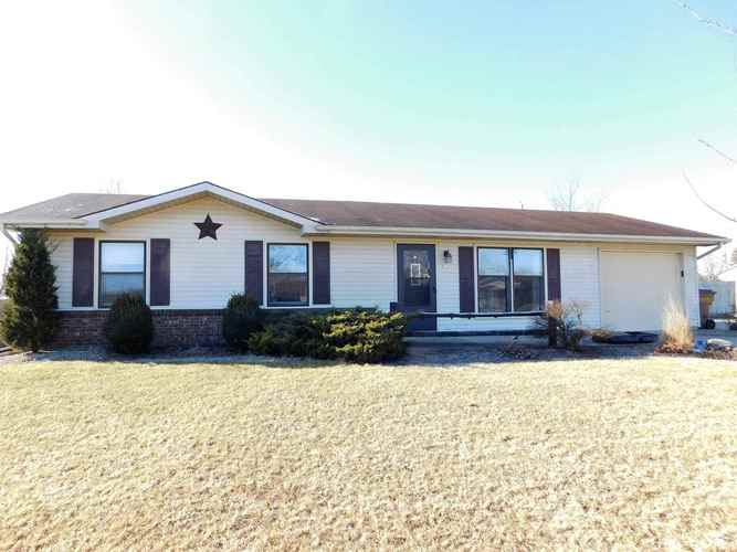 505 W Woodcreek Drive Ossian, IN 46777 | MLS 201908511