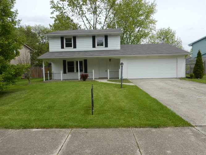 3910  Oakhurst Drive Fort Wayne, IN 46815 | MLS 201908547