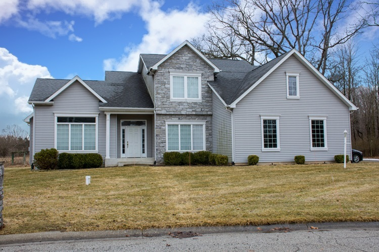 50642  Hidden Forest Drive South Bend, IN 46628-8128 | MLS 201908787