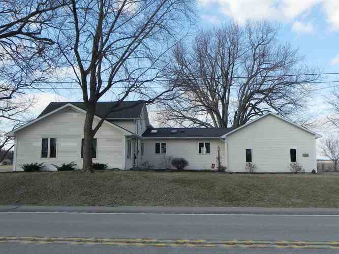 1042 E State Rd 13 Road North Manchester, IN 46962   MLS 201909591