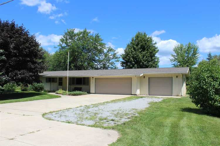 4170 W Orland Road W Angola, IN 46703-8110   MLS 201909706   photo 1
