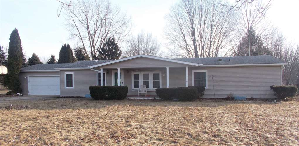 54676 County Road 8 Middlebury, IN 46540 | MLS 201909835 | photo 1