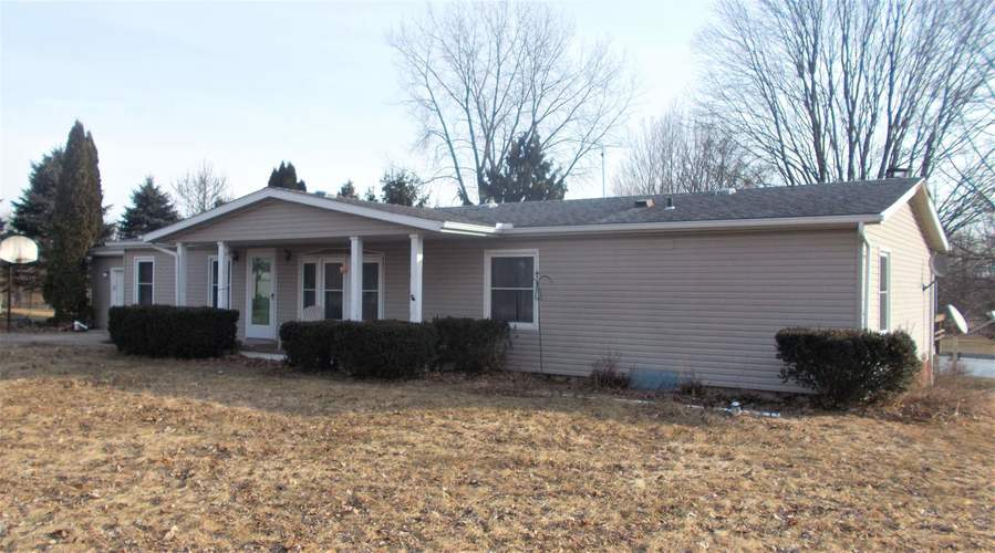 54676 County Road 8 Middlebury, IN 46540   MLS 201909835   photo 2