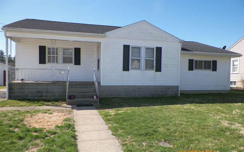 611 E 1st Avenue Street Huntingburg, IN 47542 | MLS 201910252