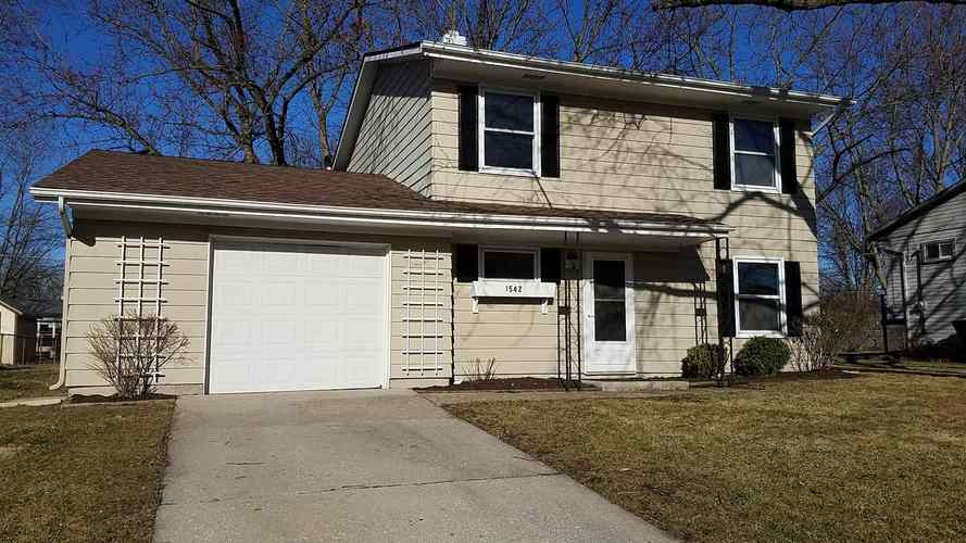 1542 MacPherson Drive New Haven, IN 46774 | MLS 201910433 | photo 1