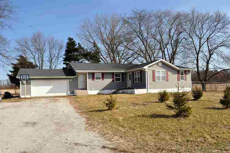 13834 W 175 North Road Medaryville, IN 47957 | MLS 201910434