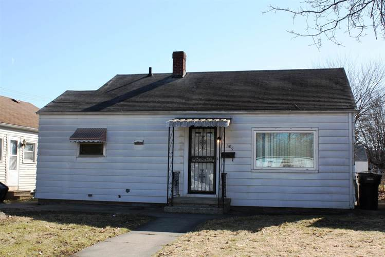 2106 S Taylor Street South Bend IN 46613-2137 | MLS 201910498 | photo 1