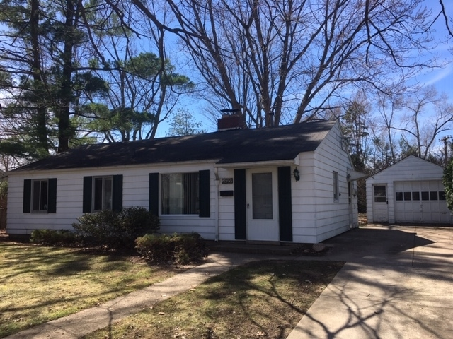 2729 Hilltop Drive South Bend, IN 46614-1553 | MLS 201910726 | photo 1