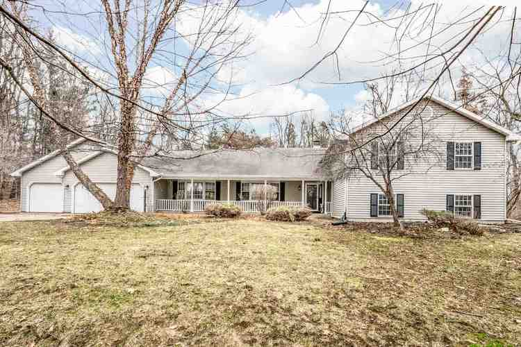 55194  County Line Road New Carlisle, IN 46552-9039 | MLS 201911062
