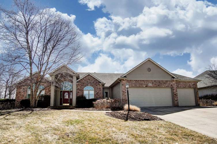 8708  Greyhawk Drive Fort Wayne, IN 46835 | MLS 201911087