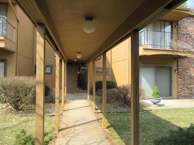 2005  Waterview Court South Bend, IN 46637-5468 | MLS 201911120