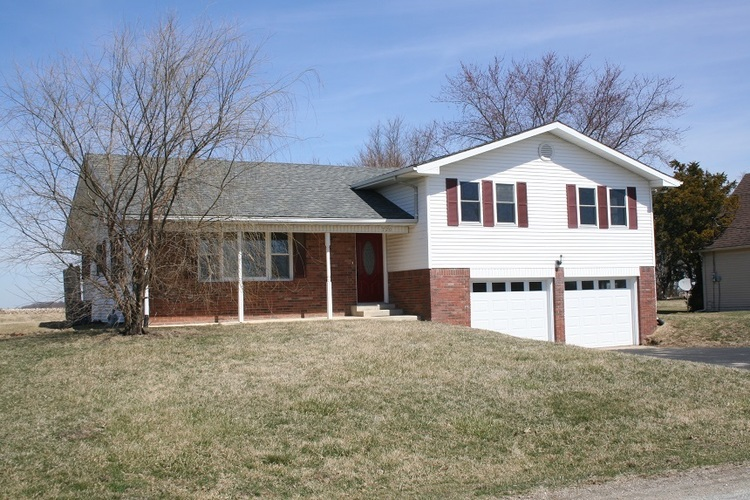 720 E COUNTY ROAD 100 N  Frankfort, IN 46041-8004 | MLS 201911198