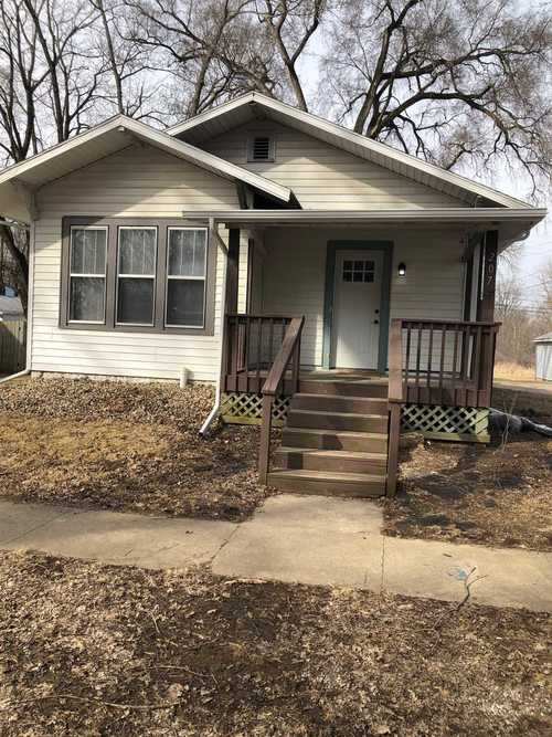 207 S Market Street S North Manchester, IN 46962 | MLS 201911278 | photo 1