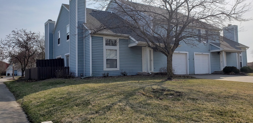 3602 N Lakeside Drive N Muncie, IN 47304 | MLS 201911287 | photo 1