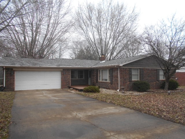 1916 W CANDOR Drive W Marion, IN 46952 | MLS 201911333 | photo 1