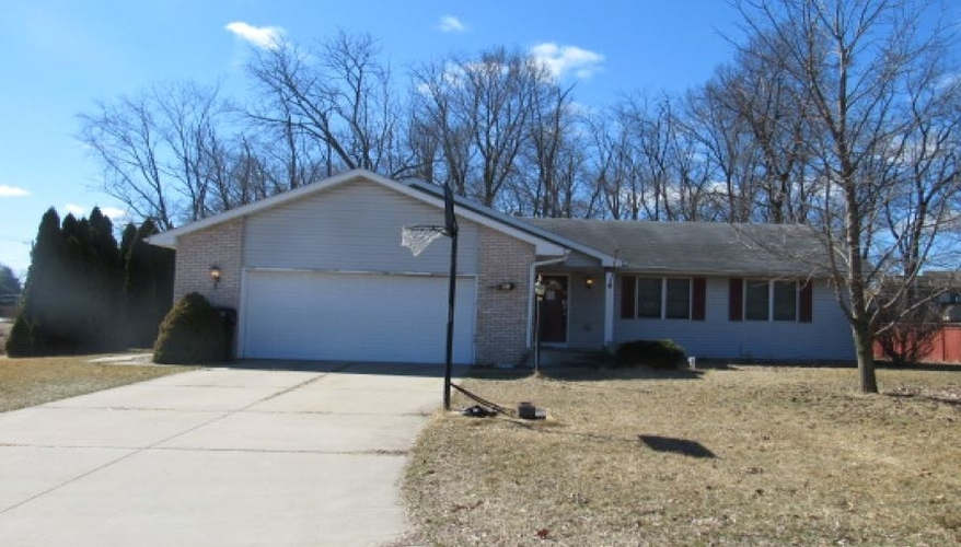 54257  River Place Elkhart, IN 46514-4655 | MLS 201911479