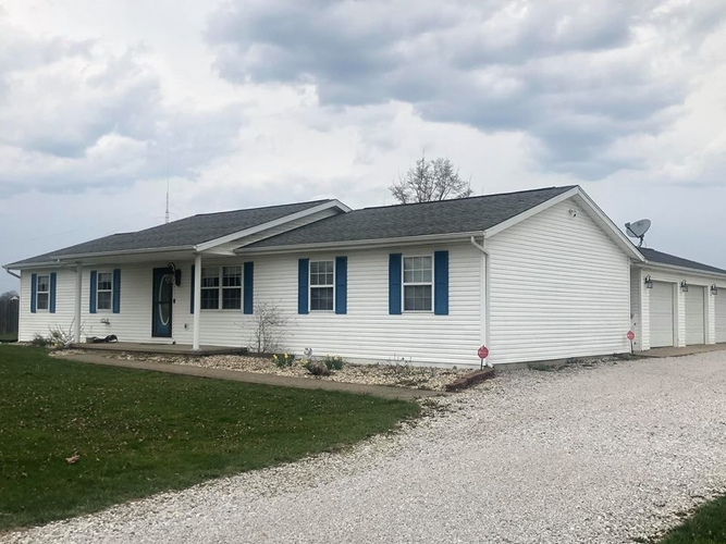 1575  Yockey Road Mitchell, IN 47446 | MLS 201912083