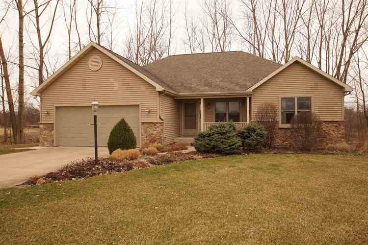 1479  Stratford Drive Winona Lake, IN 46590-5606 | MLS 201912198