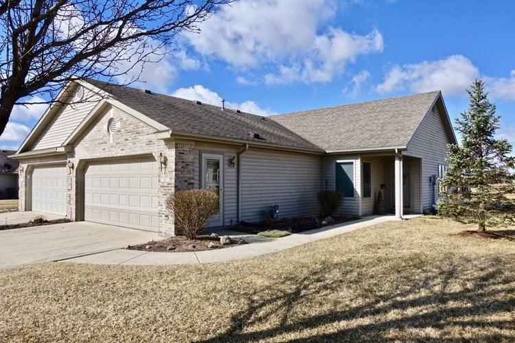 13  Clubview Drive Hartford City, IN 47348 | MLS 201912268