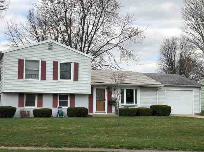 2500  Emmet Drive Logansport, IN 46947 | MLS 201912572