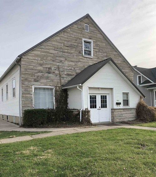 751 W Market Street W Nappanee, IN 46550-1810 | MLS 201912621 | photo 1
