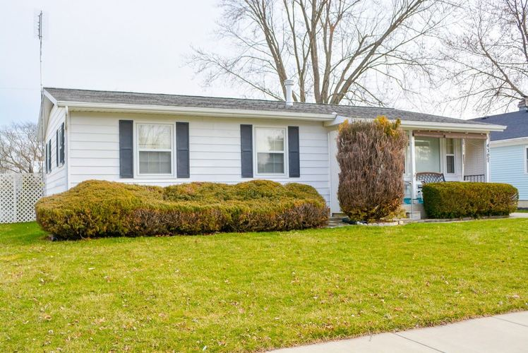 4307 Alverado Drive Fort Wayne, IN 46816 | MLS 201912722 | photo 1