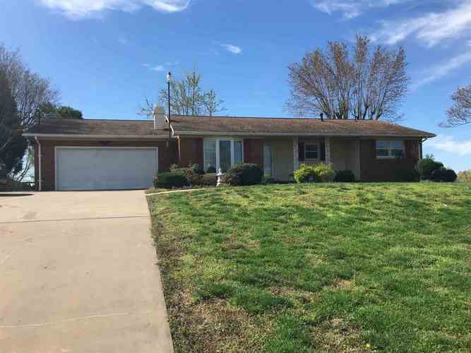 7825 W State Road 66  Richland, IN 47634 | MLS 201912892