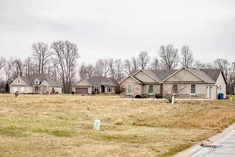 900 Breezewood Drive Lakeville, IN 46536 | MLS 201913613 | photo 5