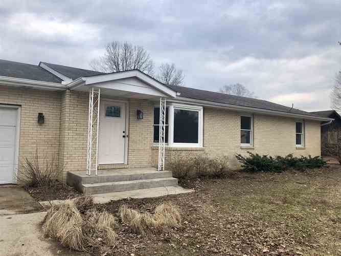 26850  Fields Farm Trail Elkhart, IN 46514-6146 | MLS 201913740