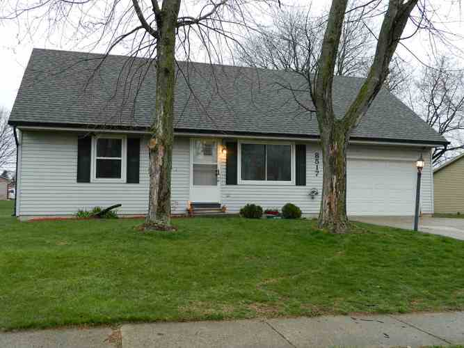 8517  Maple Bluff Court New Haven, IN 46774 | MLS 201913742